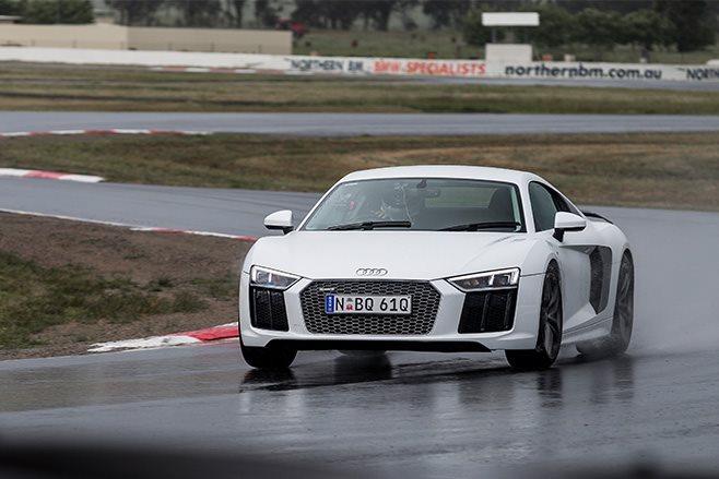 Audi R8 track