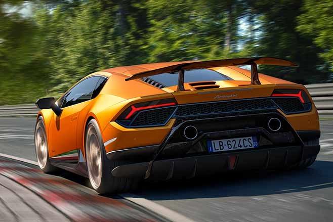 Lamborghini-Huracan-Performante-orange-rear