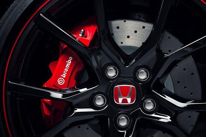 2018 Honda Civic Type R wheels