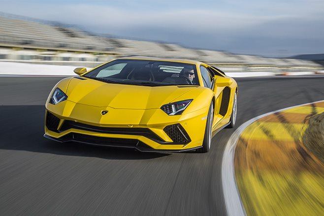 Lamborghini Aventador S track driving