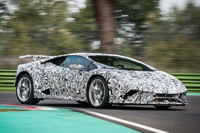 Lamborghini Huracan Performante front driving