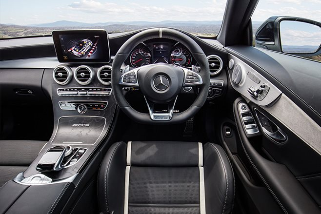 Mercedes-AMG GLC63 introduced in time for the New York Auto Show
