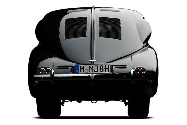 Tatra T87 rear