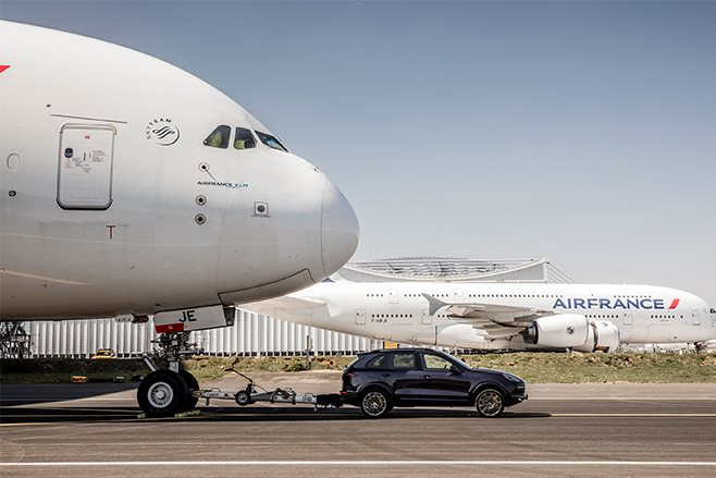 Porsche cayenne s diesel towing airbus A380 record