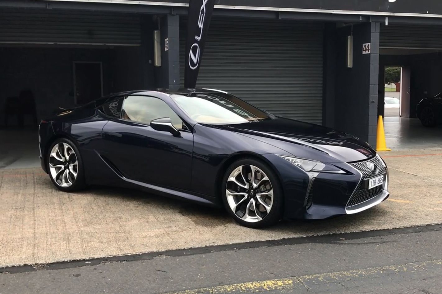 2018 Lexus Lc 500 First Look Motor