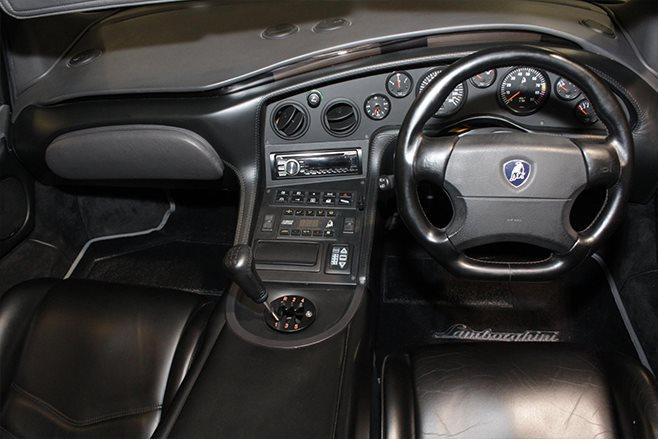 1999 Lamborghini Diablo SV Roadster interior