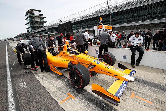Fernando Alonso IndyCar shakedown
