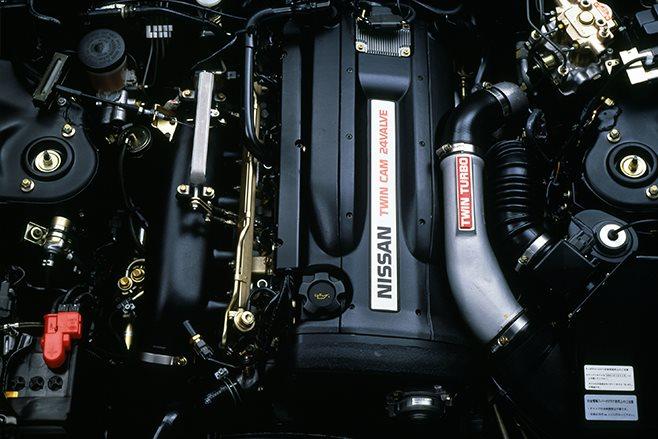Nissan-Skyline-GT-R-R32-1991 engine