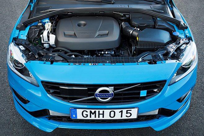 2017 Volvo S60 Polestar engine bay