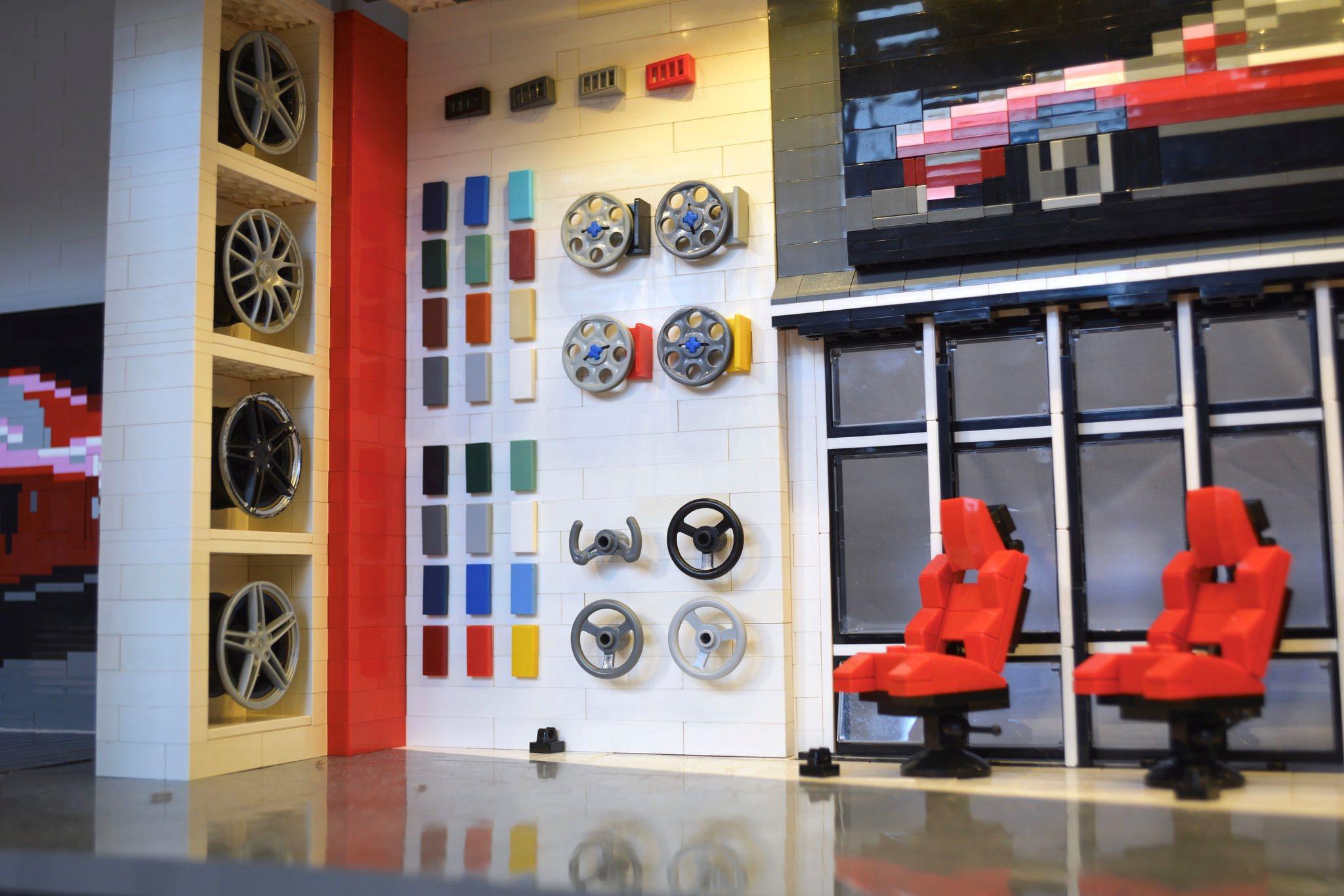 Lego Ferrari dealership extras