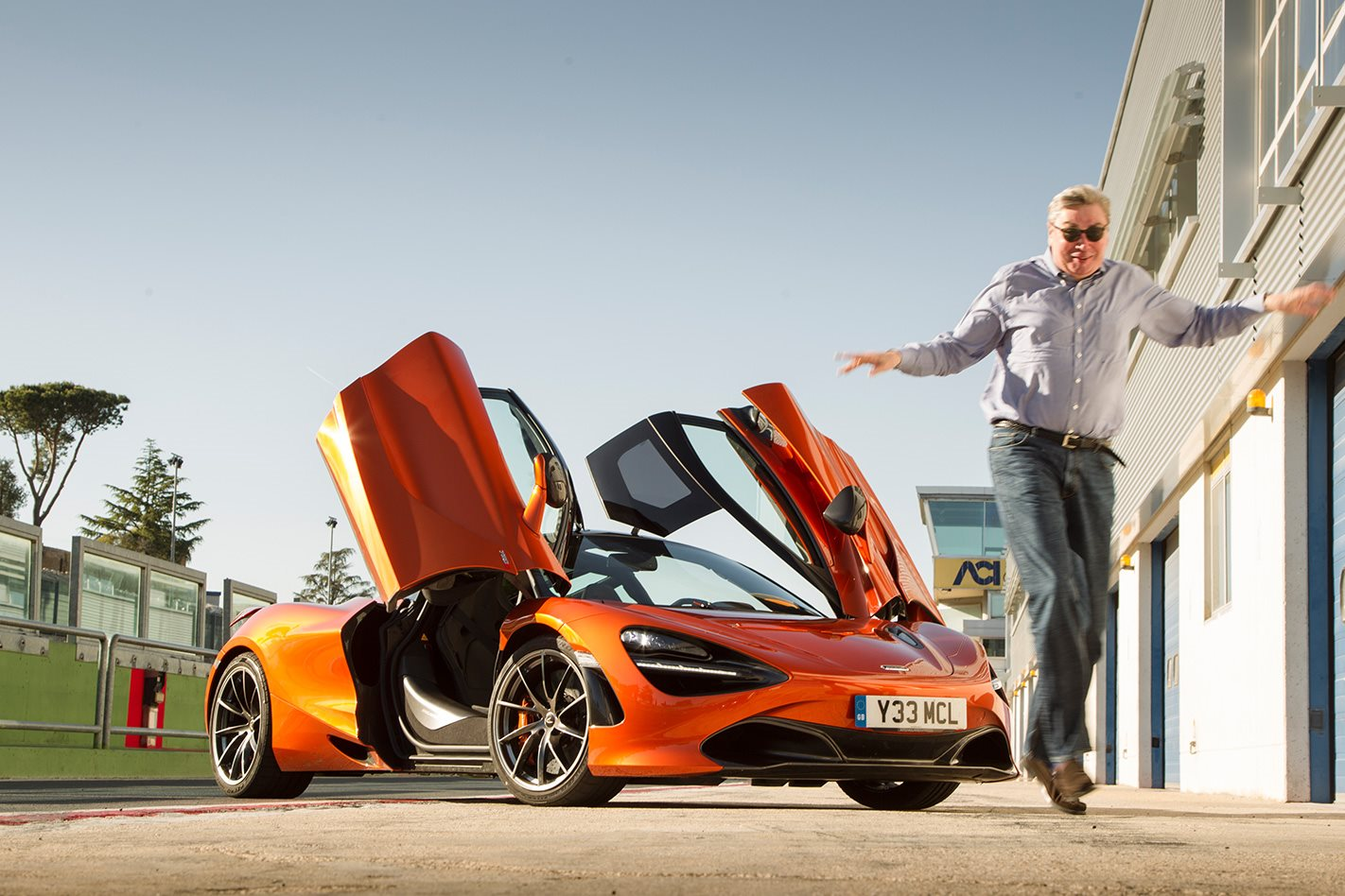 2017 McLaren 720S review doors