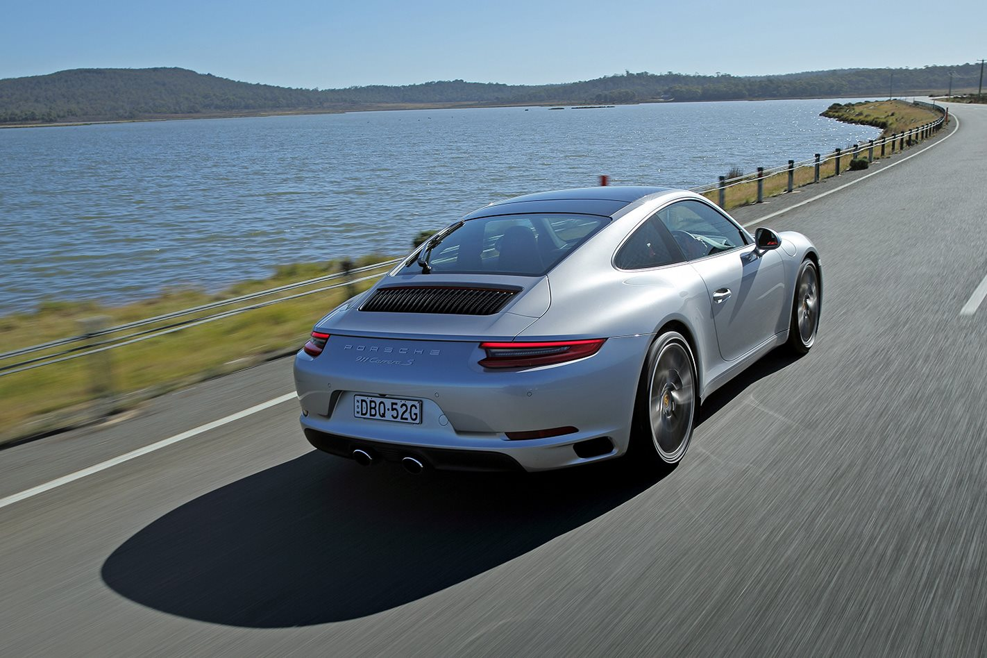 Porsche launches subscription auto hire program