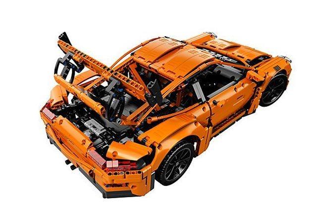 Lego Porsche 911 GT3 RS back open