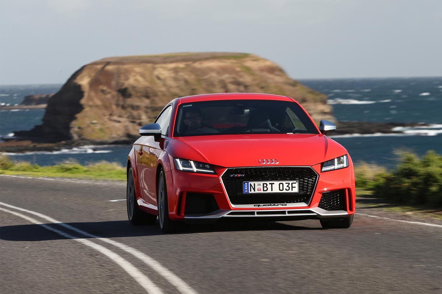 2017 audi tt rs review price and specs. Black Bedroom Furniture Sets. Home Design Ideas