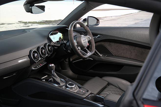 2017 Audi TT RS interior
