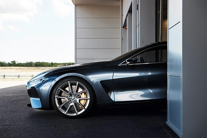 BMW 8 Series concept side front
