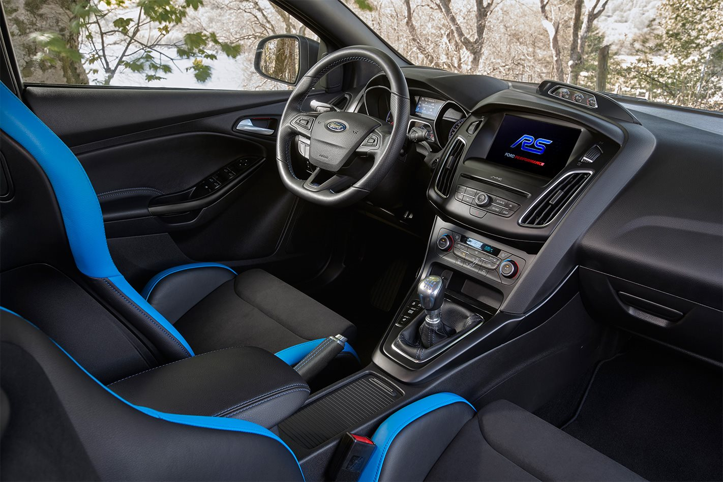 Ford Focus RS Option Pack interior