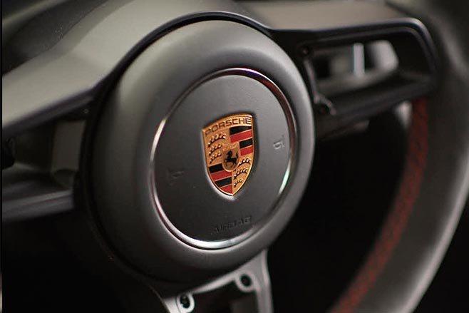 Porsche 991.2 911 GT3 steering wheel