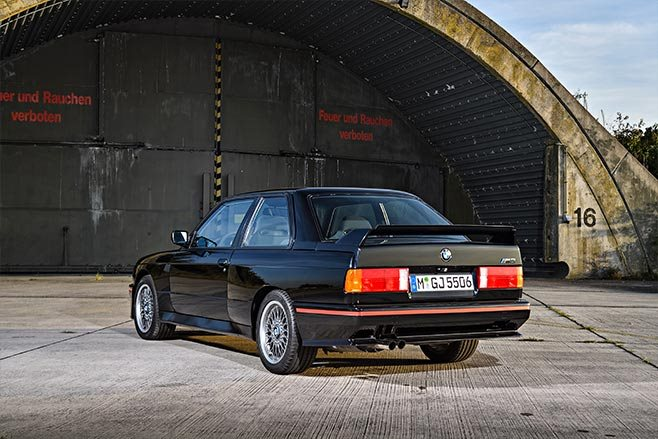 BMW E30 M3 Sport Evolution rear