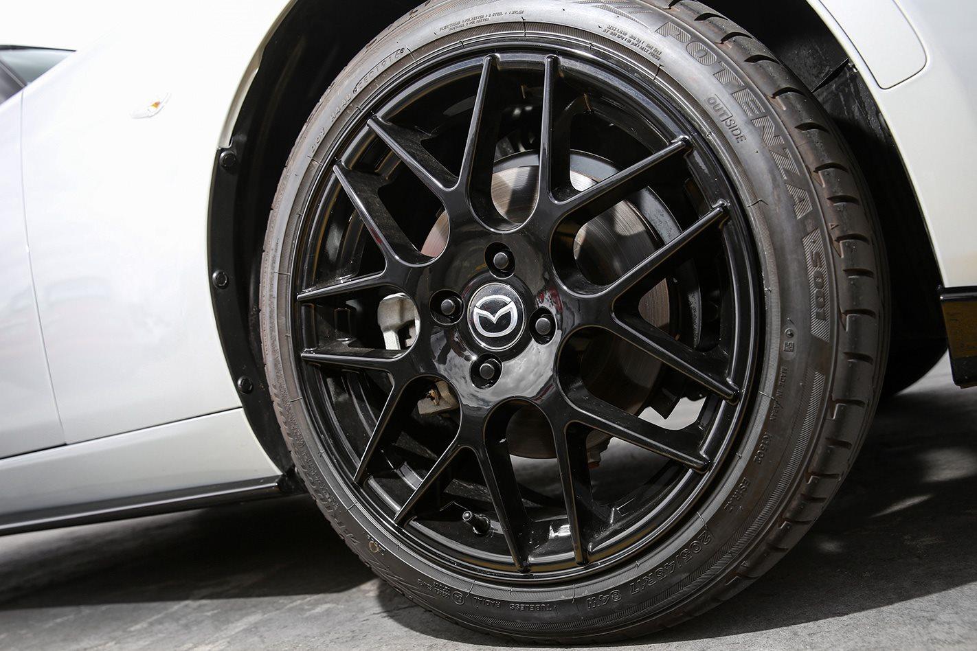 2017 Mazda MX-5 wheel