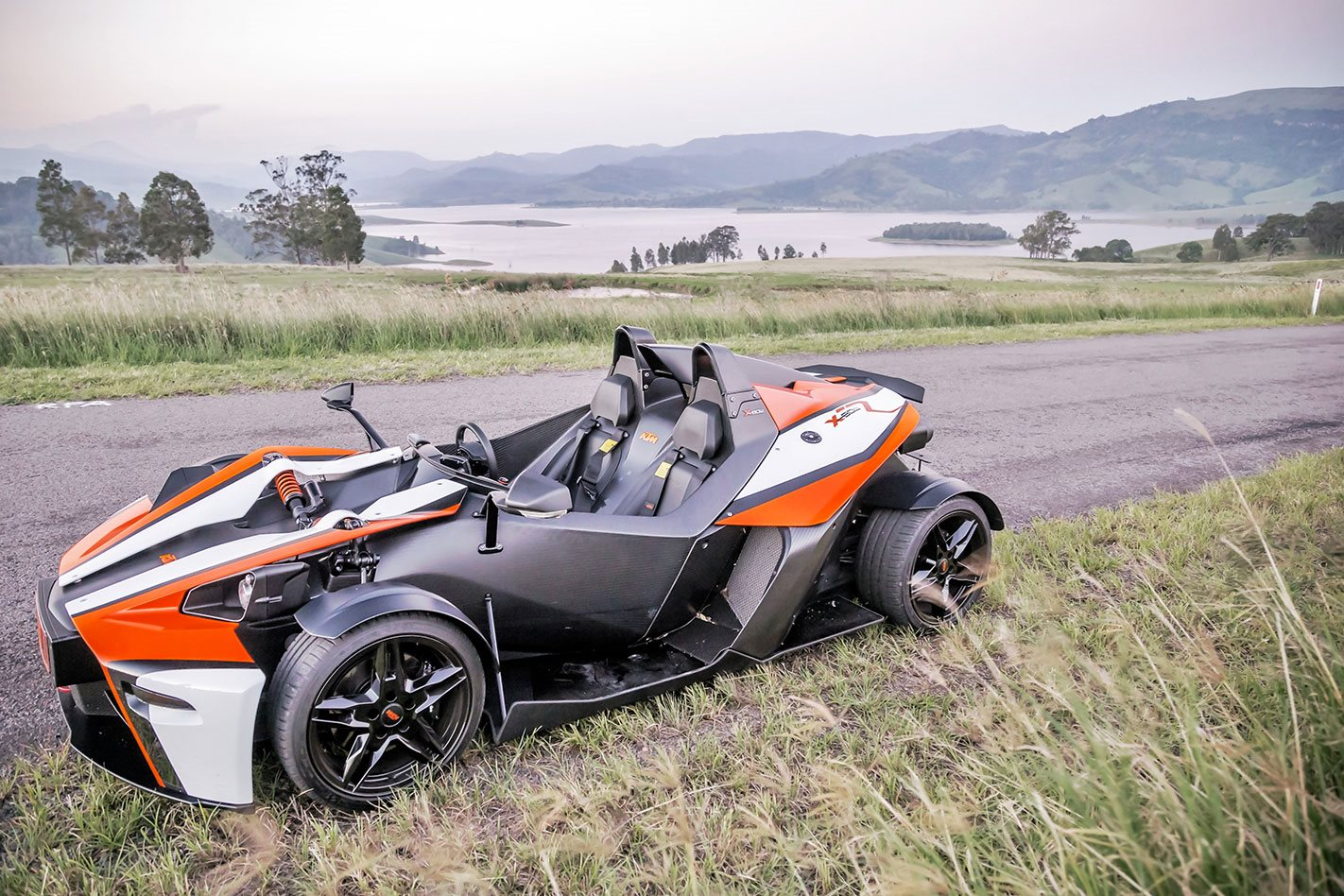 KTM X-BOW side profile