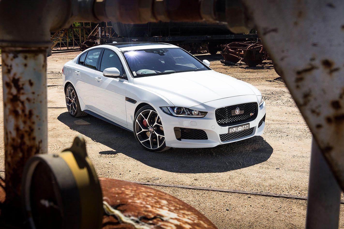 White Jaguar-XE-S