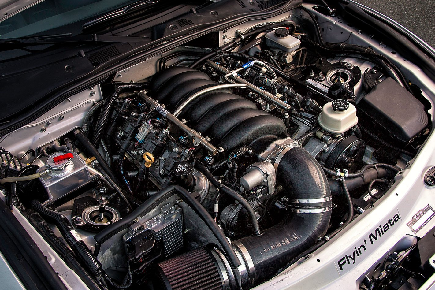 V8-Mazda-MX-5-engine.jpg