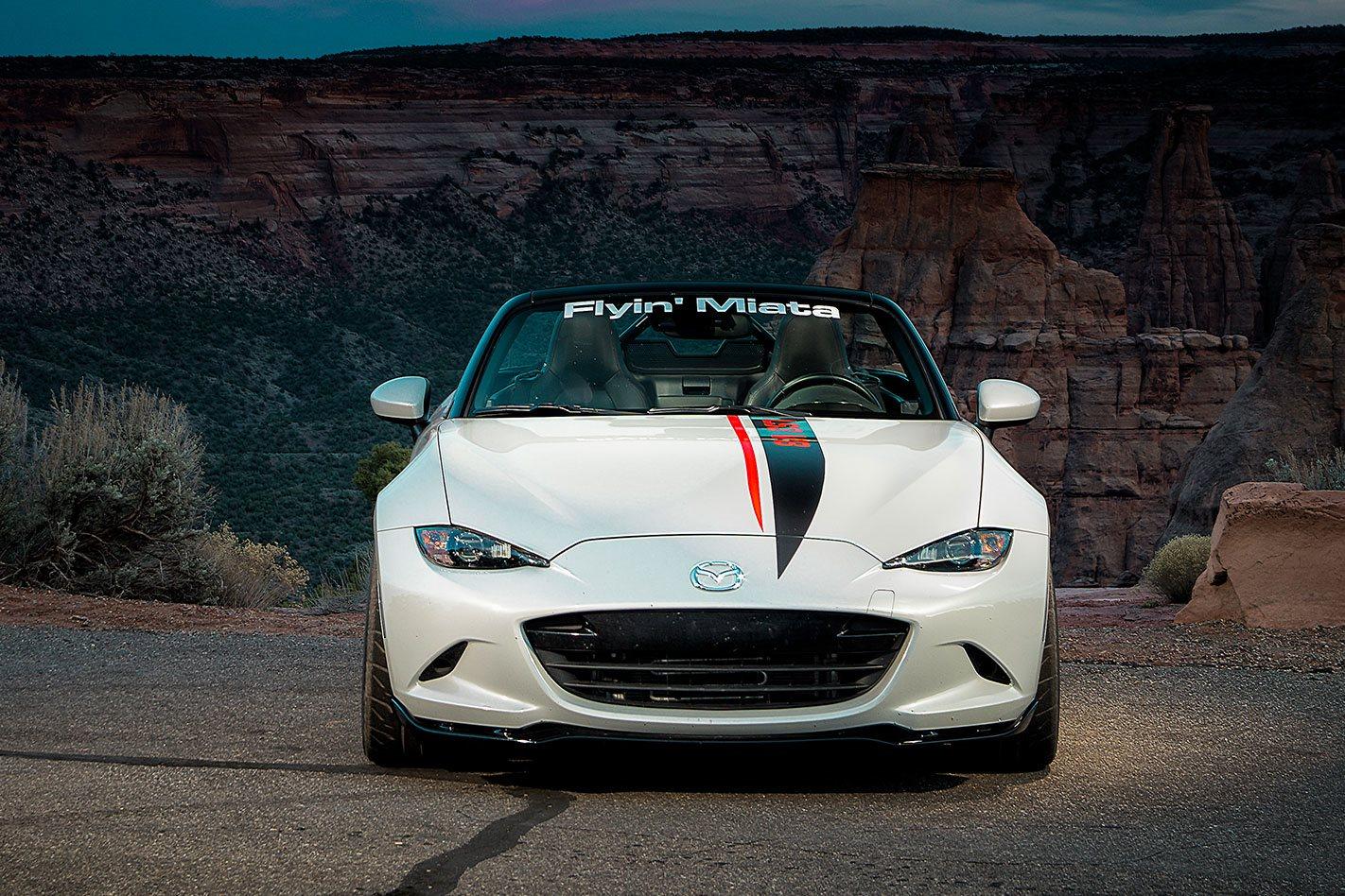 V8-Mazda-MX-5-front-facing.jpg