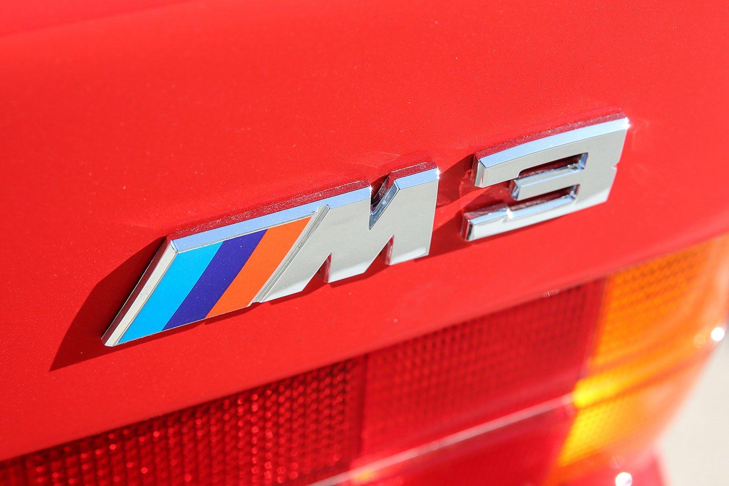 BMW-M3-E30-Evolution-II-branding.jpg