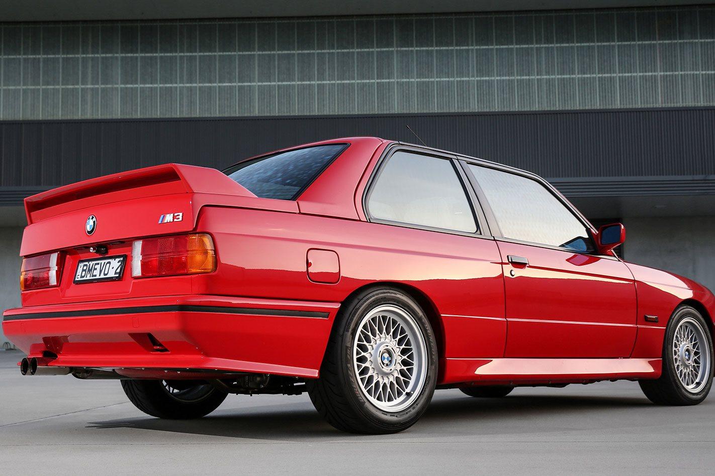 BMW-M3-E30-Evolution-II-rear.jpg