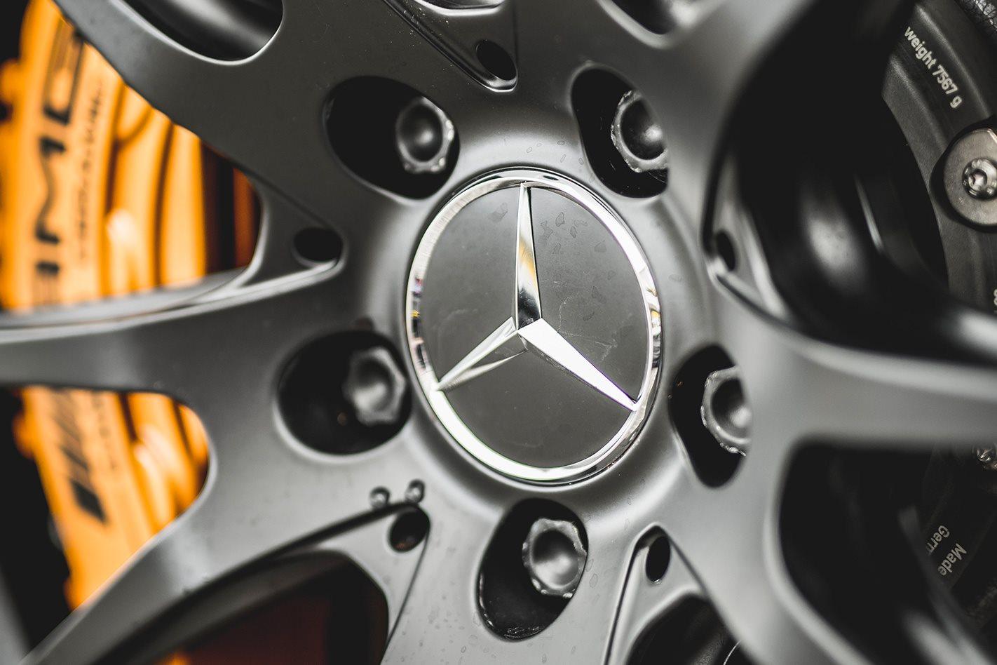 Mercedes-AMG-GT-R-wheel.jpg