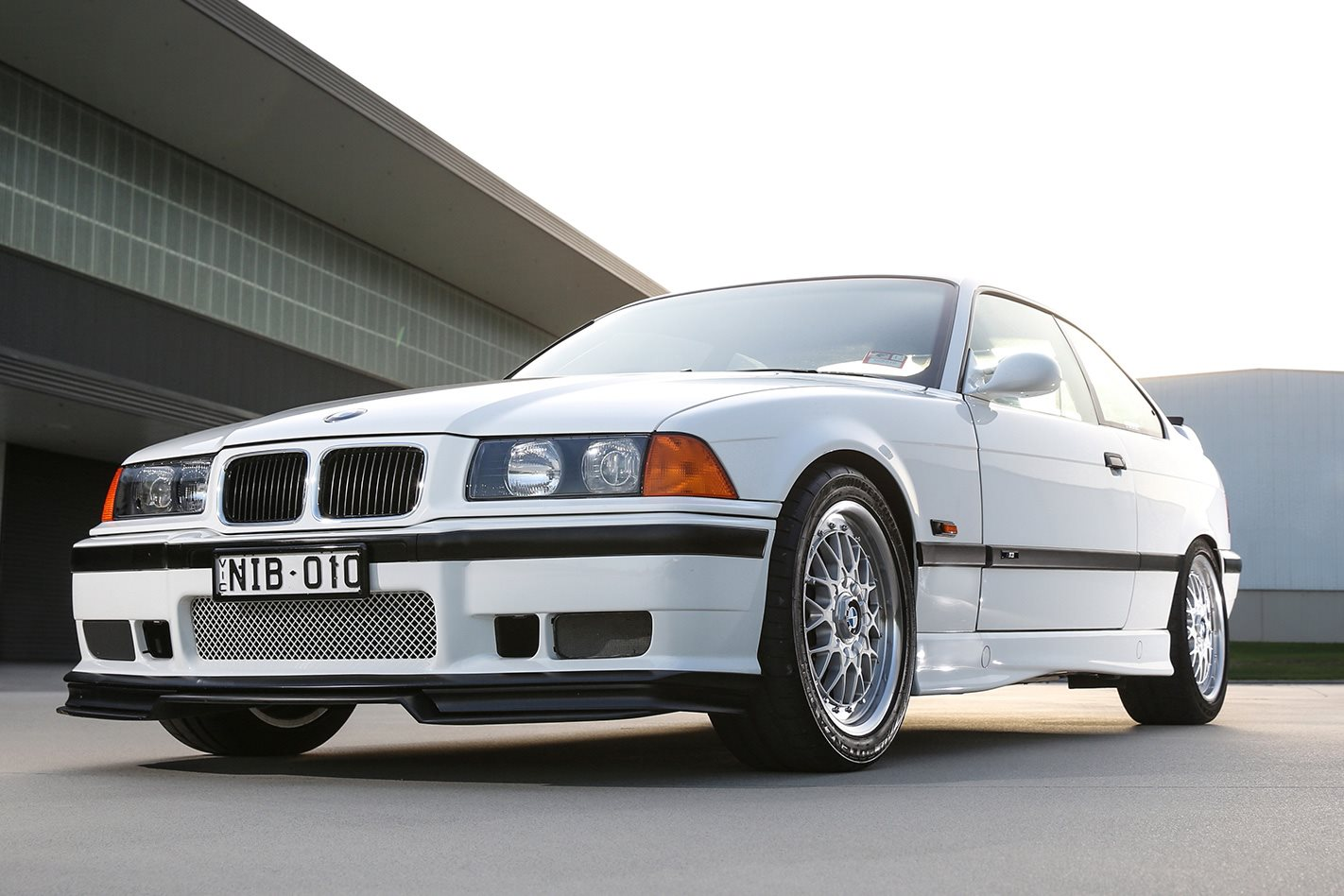 30 years of BMW M3 E36 M3R front