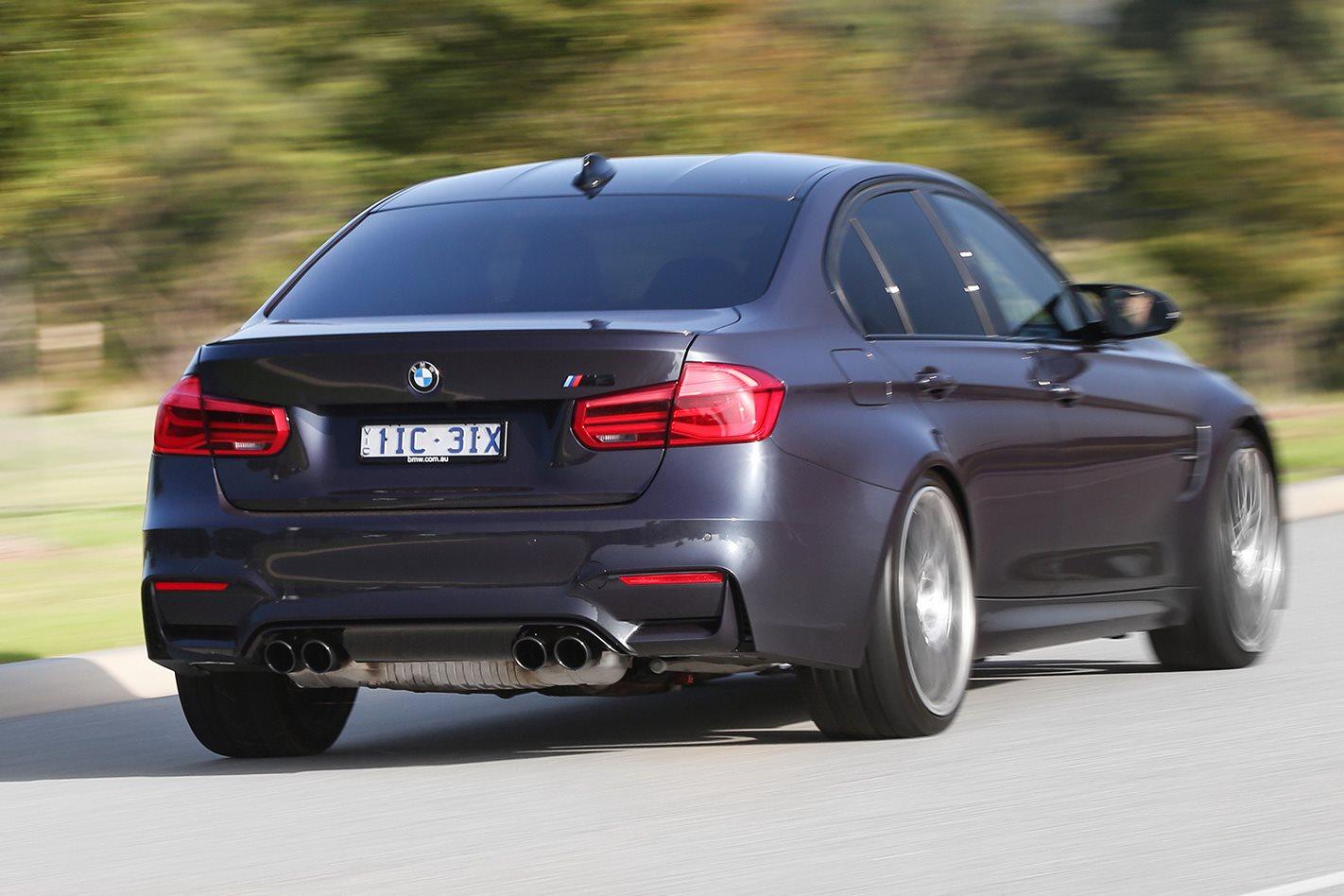 BMW-F80-M3-30-Jahre-driving-rear.jpg