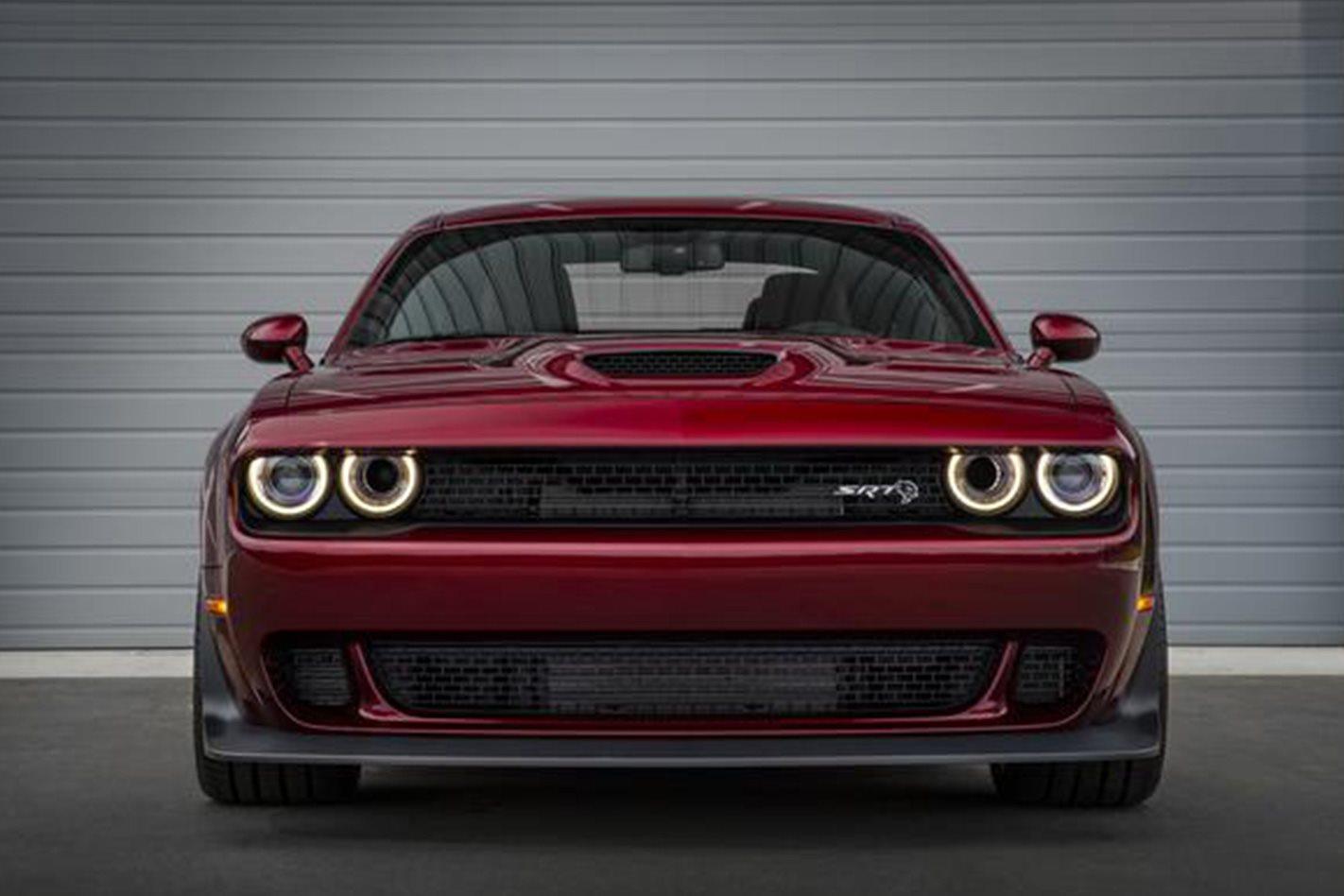 2018 Dodge Challenger SRT Hellcat Widebody front
