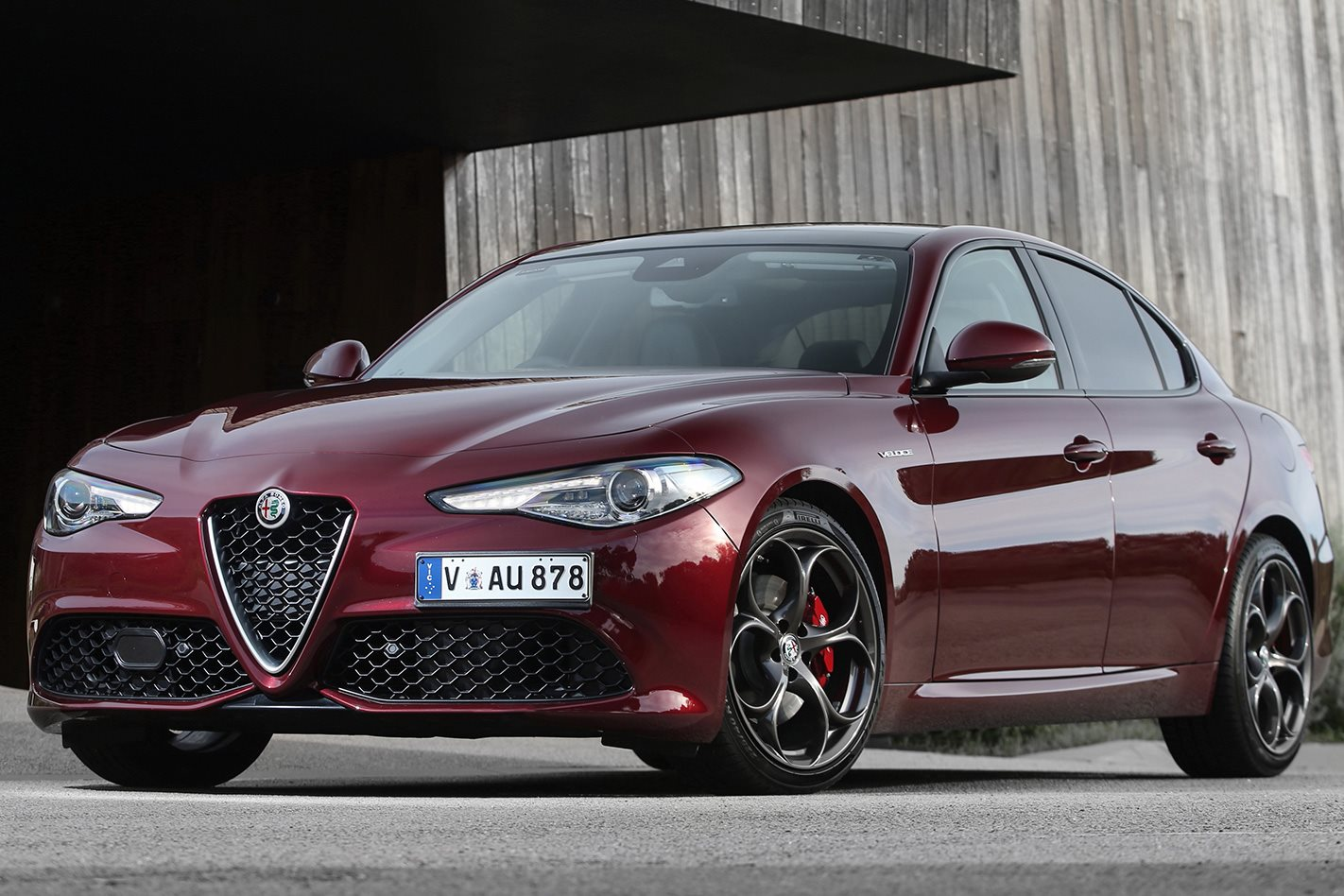 2017 alfa romeo giulia veloce review. Black Bedroom Furniture Sets. Home Design Ideas