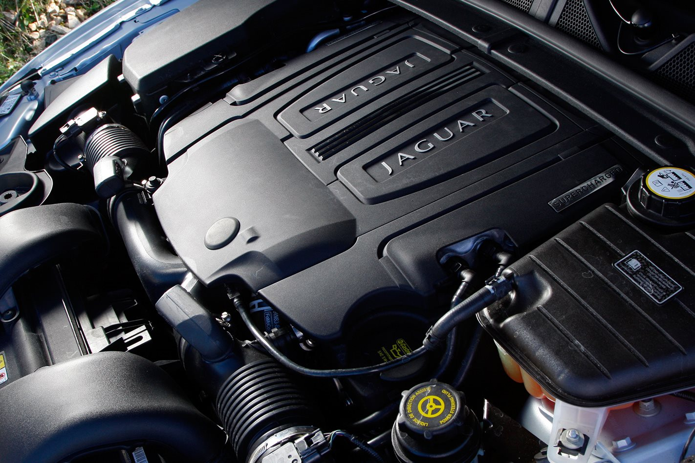 2009 Jaguar XF-R review engine
