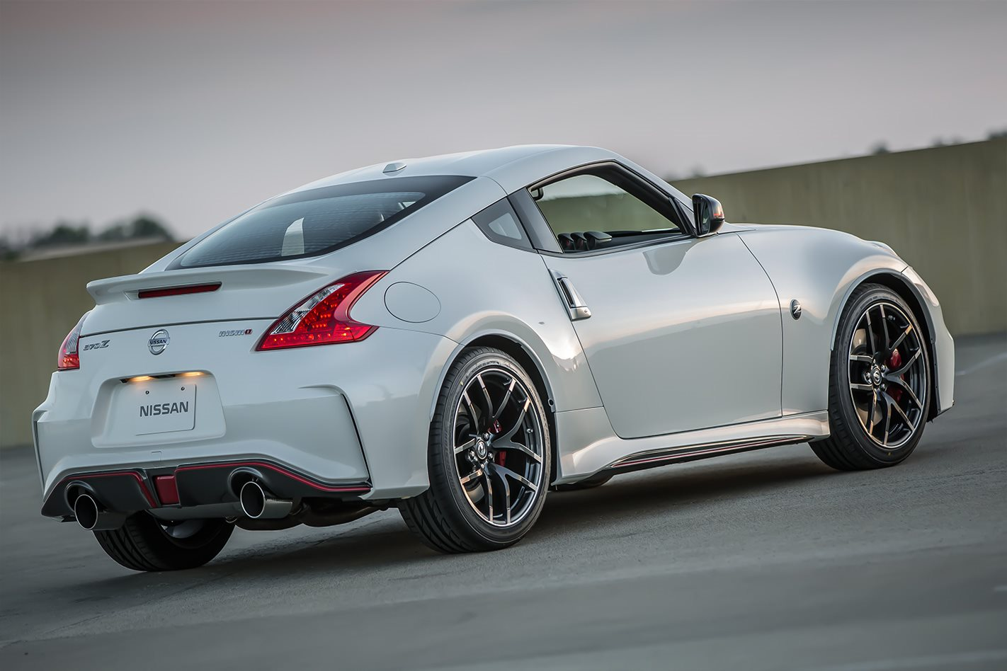 2018 nissan 370z nismo to launch in australia motor. Black Bedroom Furniture Sets. Home Design Ideas