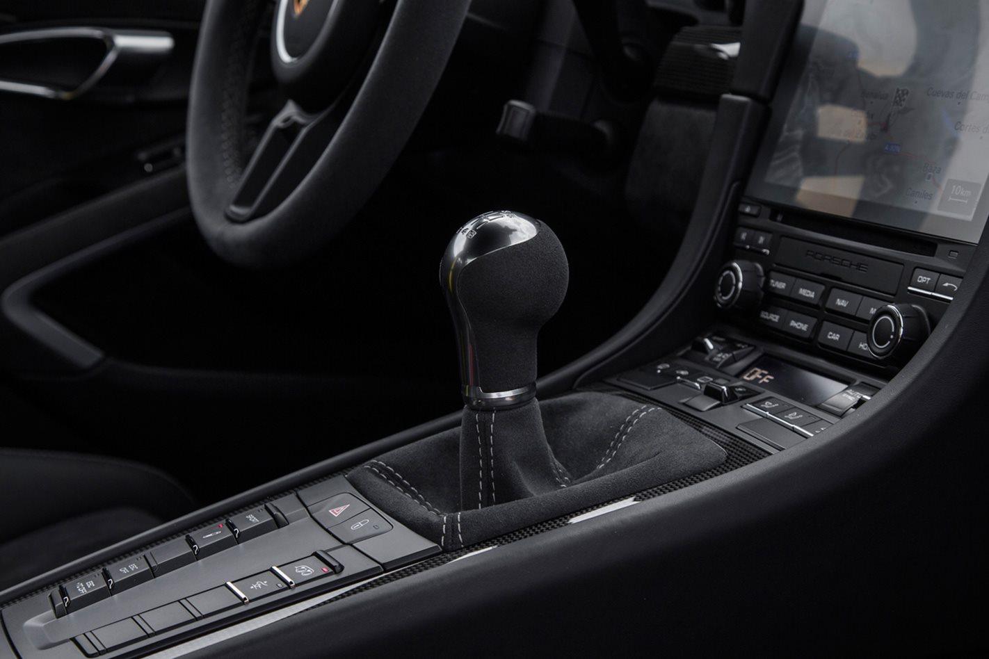 2017 Porsche 911 GT3 manual gearbox