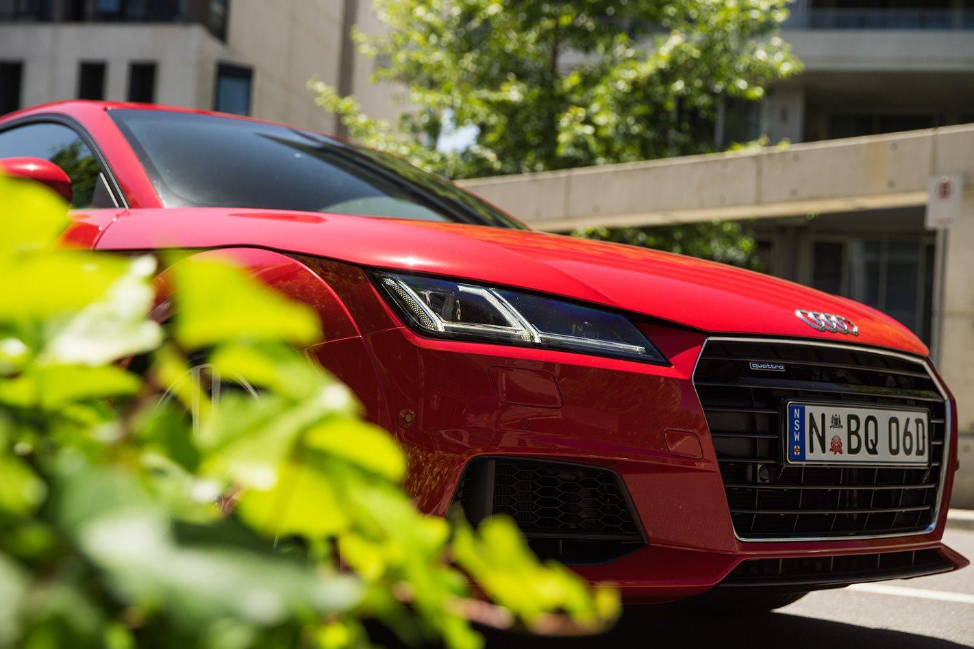 Hybrid Audi R8 front