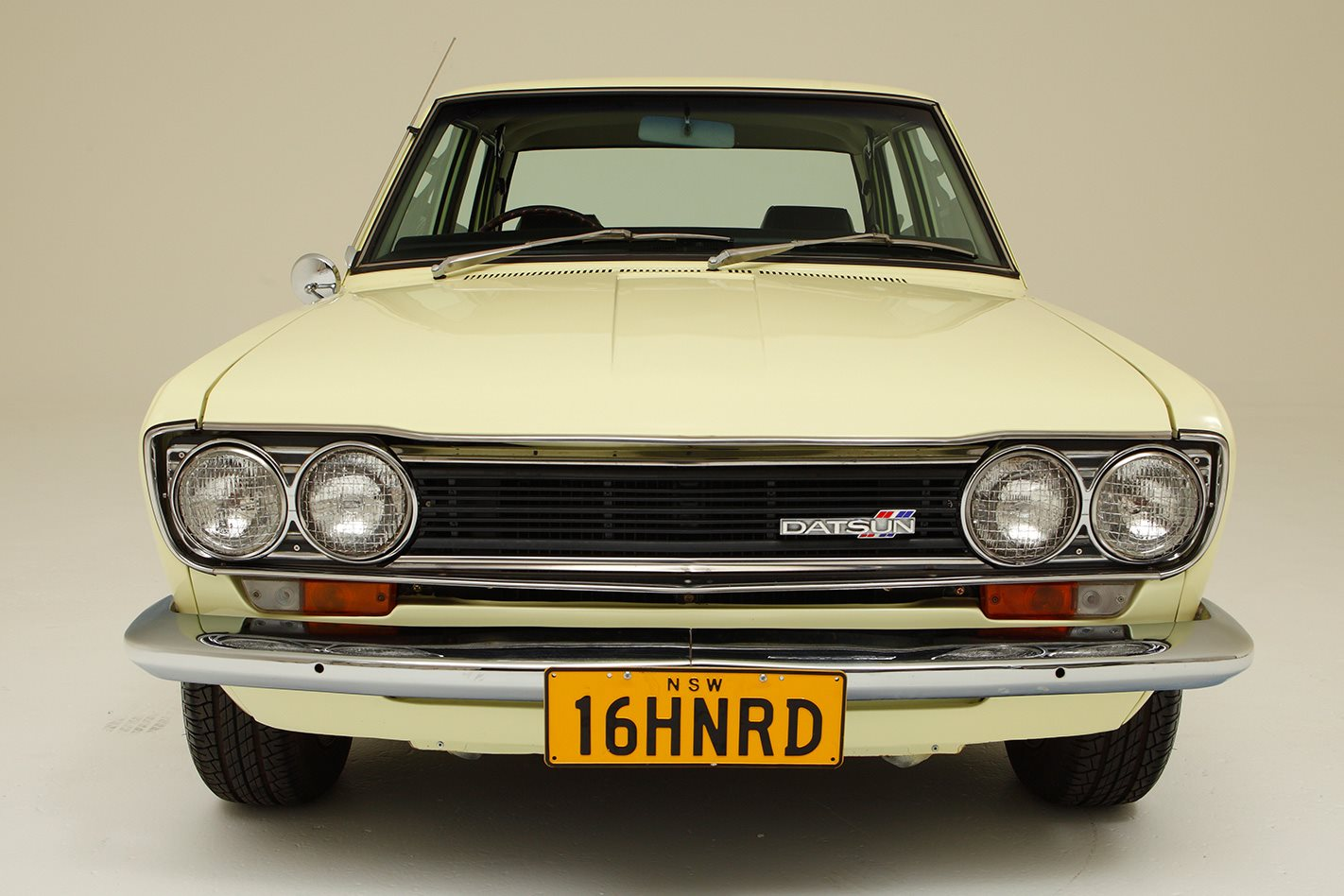 Datsun 1600 Legend series front