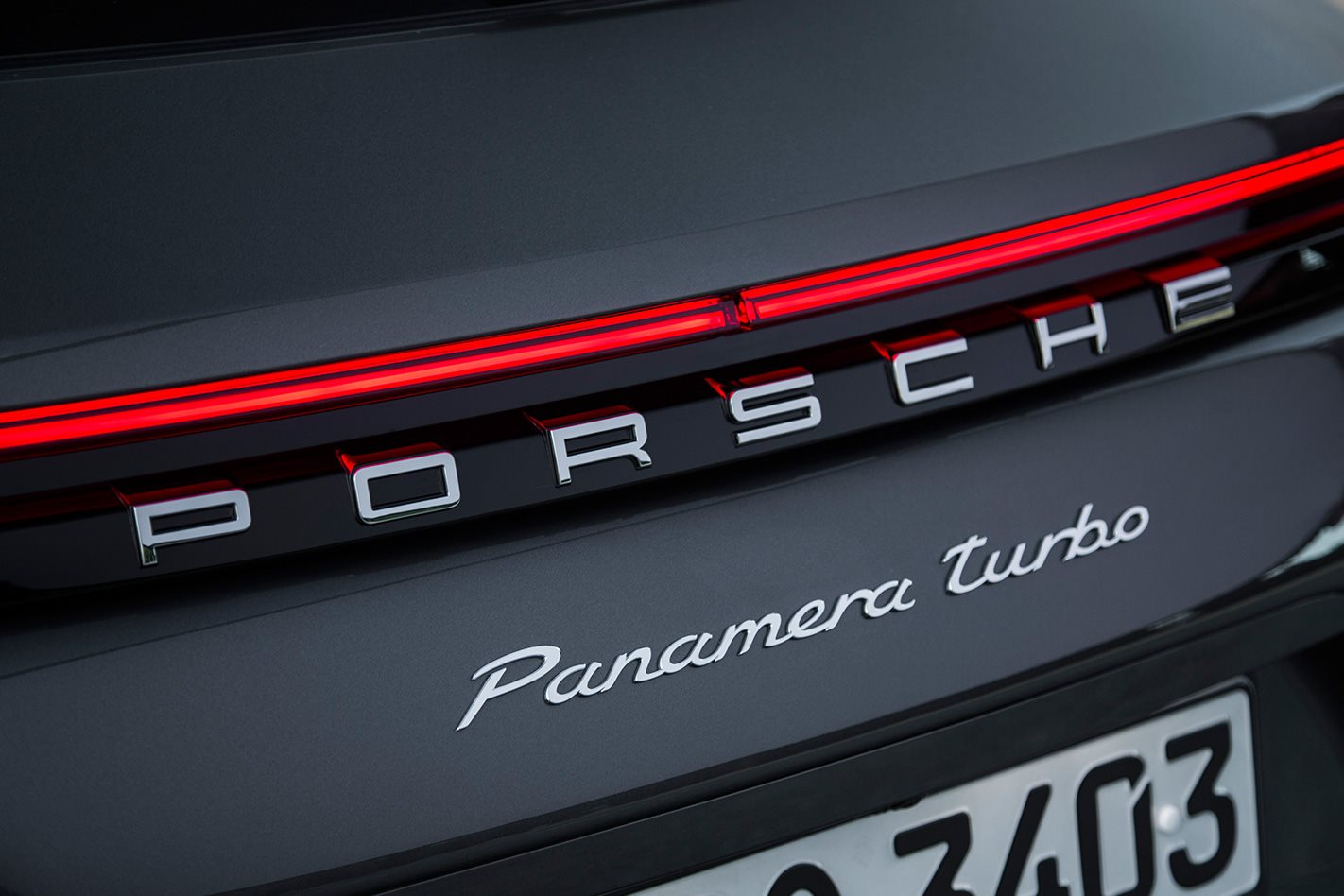 2017 Porsche Panamera Turbo Sport Turismo badge