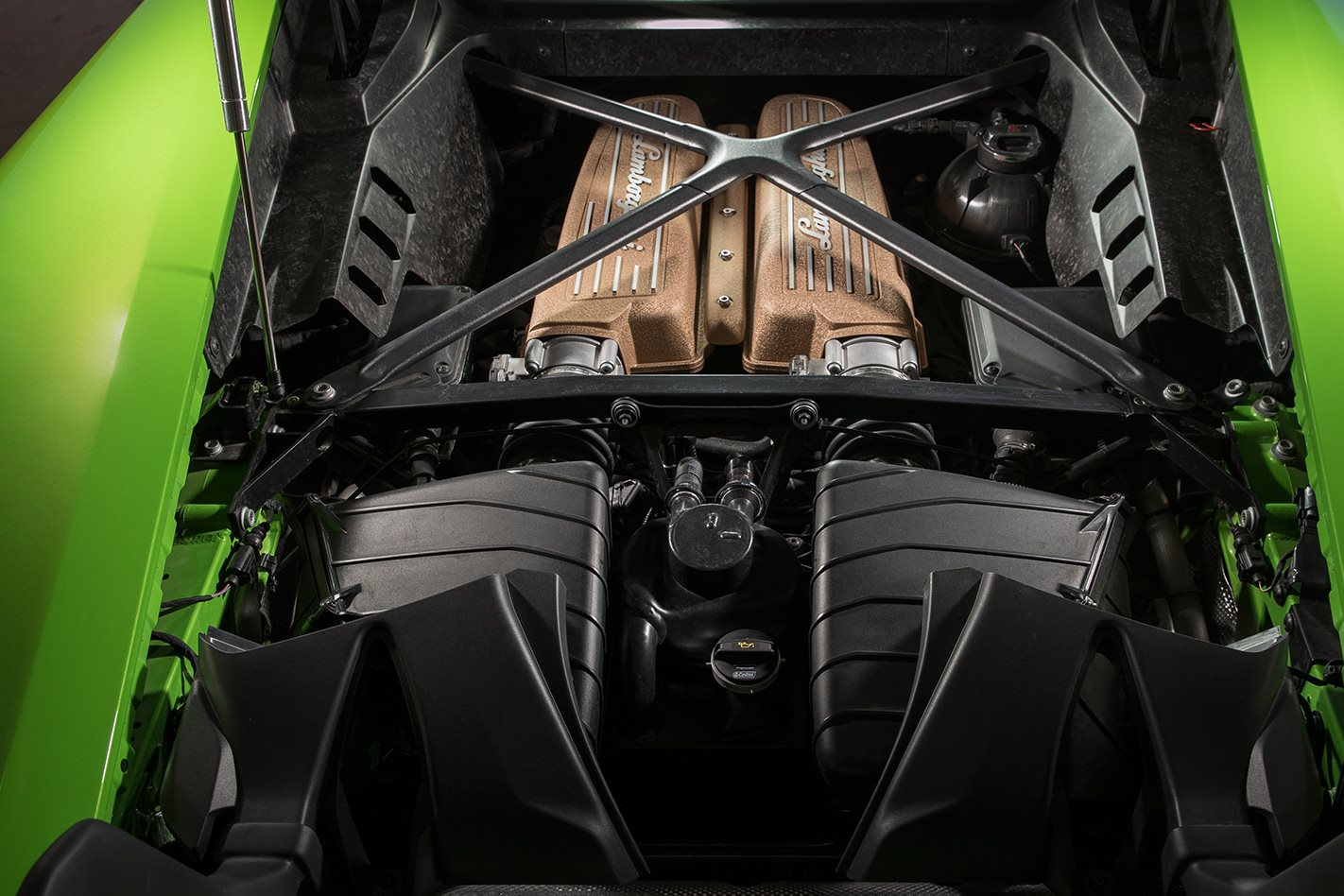2017 Lamborghini Huracan Performante engine