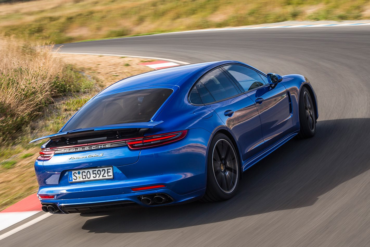 2018 Porsche Panamera Turbo S E Hybrid Review Motor