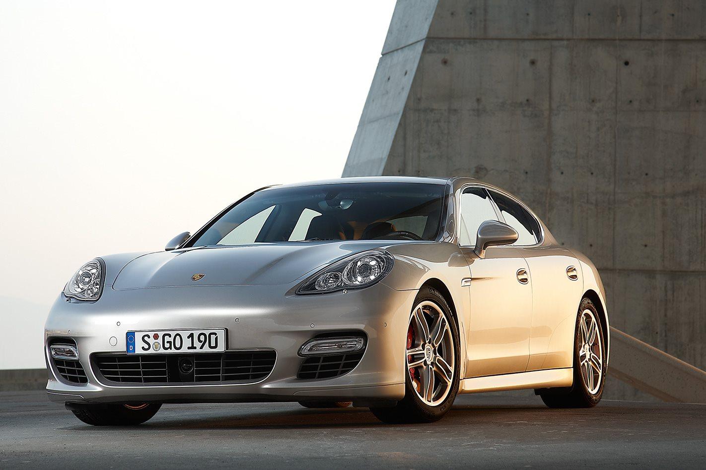 2010 Porsche Panamera Turbo front