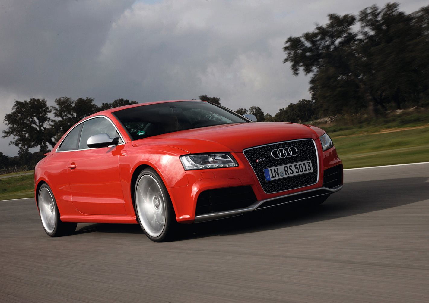 2010 Audi RS5 front