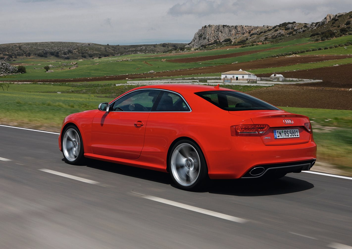 2010 Audi RS5 rear drive
