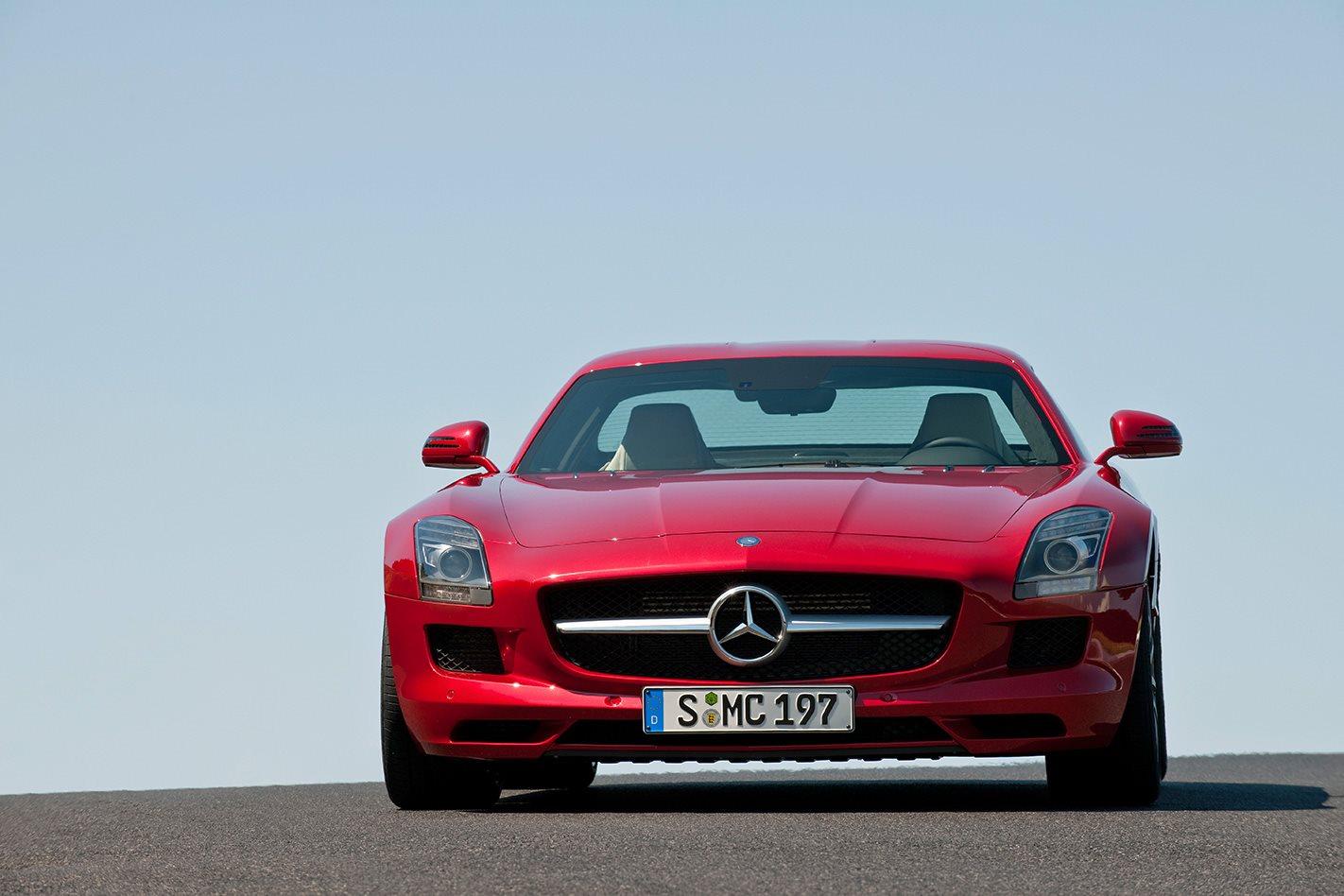 Mercedes-Benz SLS AMG front drive