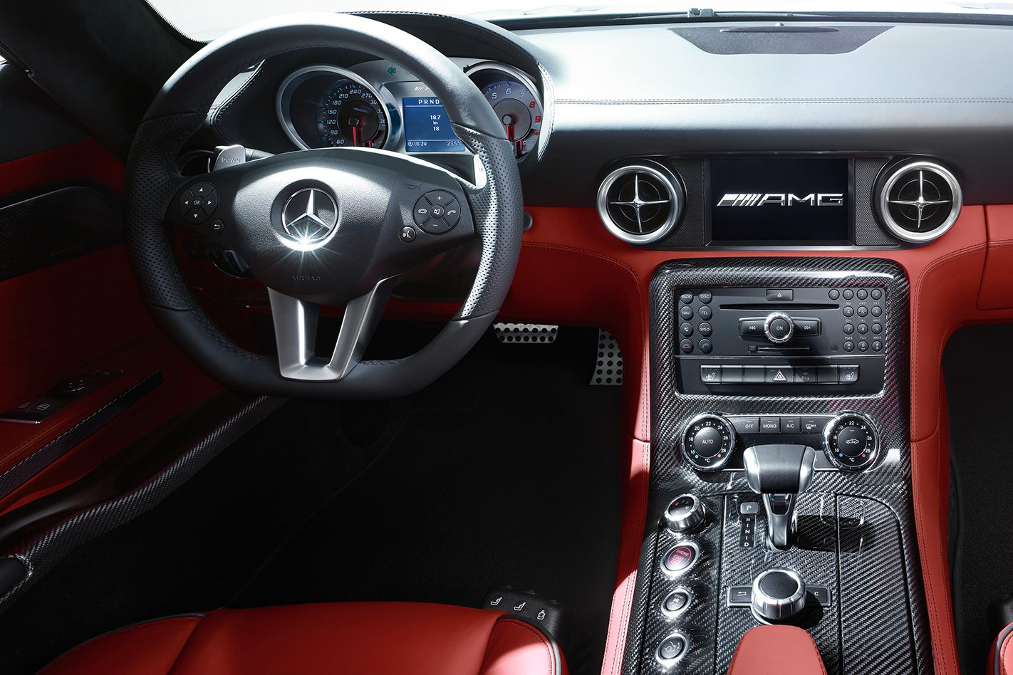 Mercedes-Benz SLS AMG steering wheel