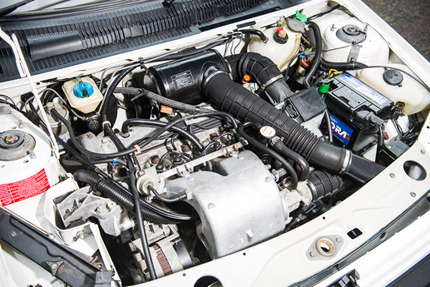 Peugeot 205 GTi engine