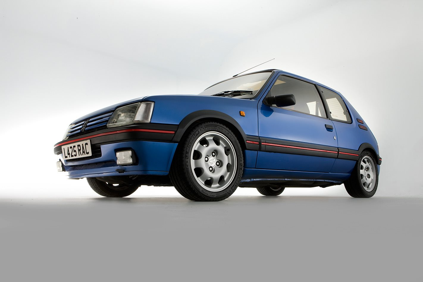 1987 Peugeot 205 GTi headlights